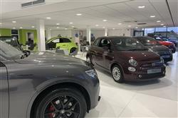 THREE-QUARTERS OF CARS IN UK BOUGHT FROM CAR SHOWROOMS