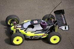 radio control car test - hotbodies lightning buggy