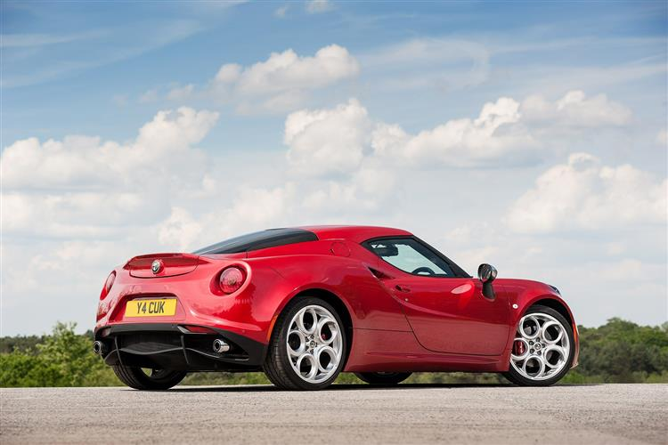 http://f2.caranddriving.com/images/new/big/alfaromeo4c0114(3).jpg