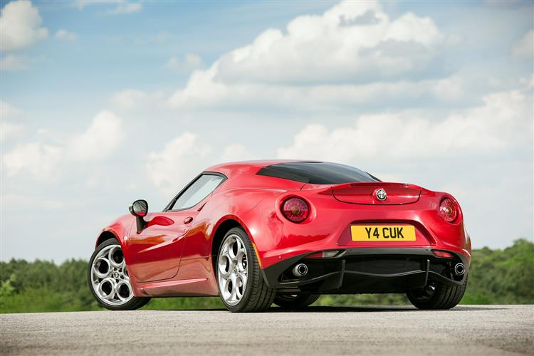 http://f2.caranddriving.com/images/new/big/alfaromeo4c0114(4).jpg