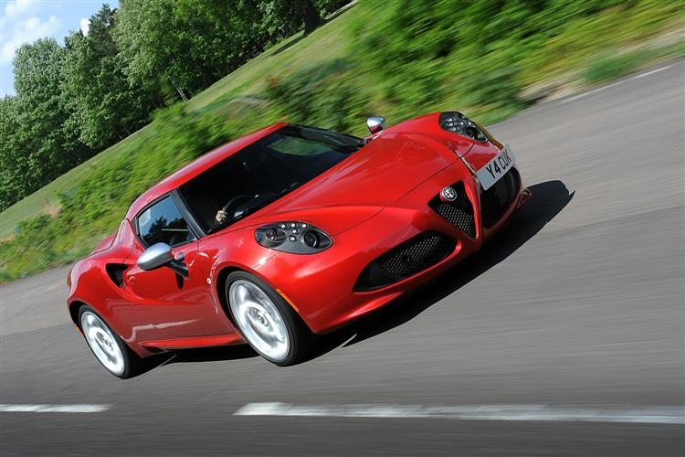 http://f2.caranddriving.com/images/new/big/alfaromeo4c0114(5).jpg