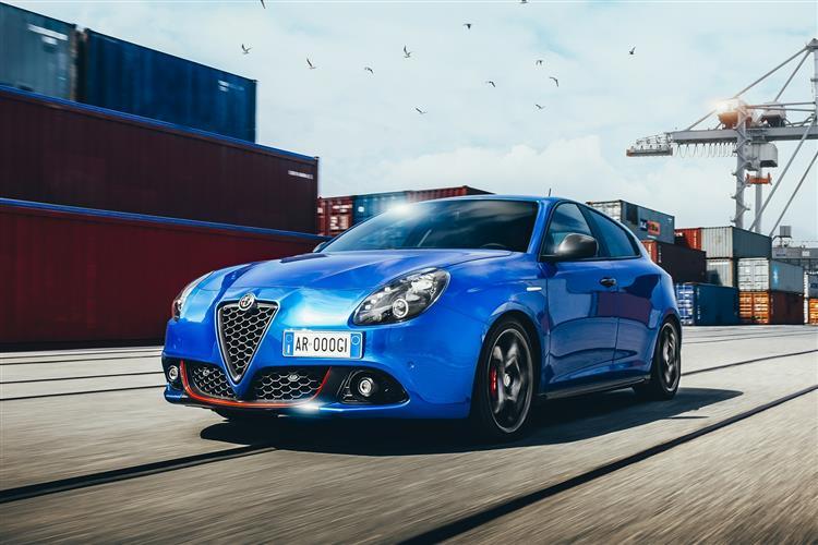http://f2.caranddriving.com/images/new/big/alfaromeogiulietta0319(3).jpg