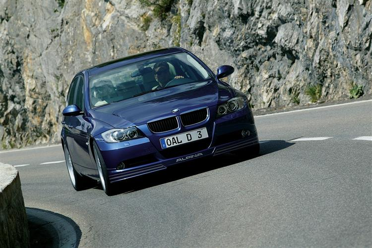 http://f2.caranddriving.com/images/new/big/alpinad30111(2).jpg