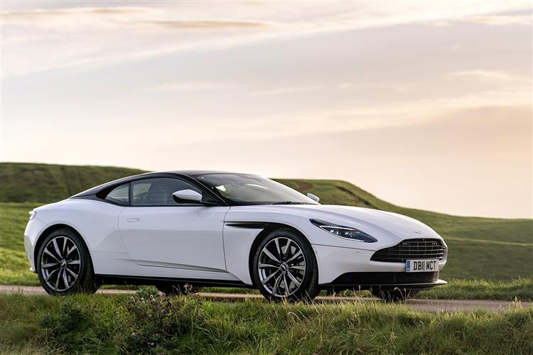 Aston Martin DB11 Volante - The return of the ultimate sports convertible GT image 14