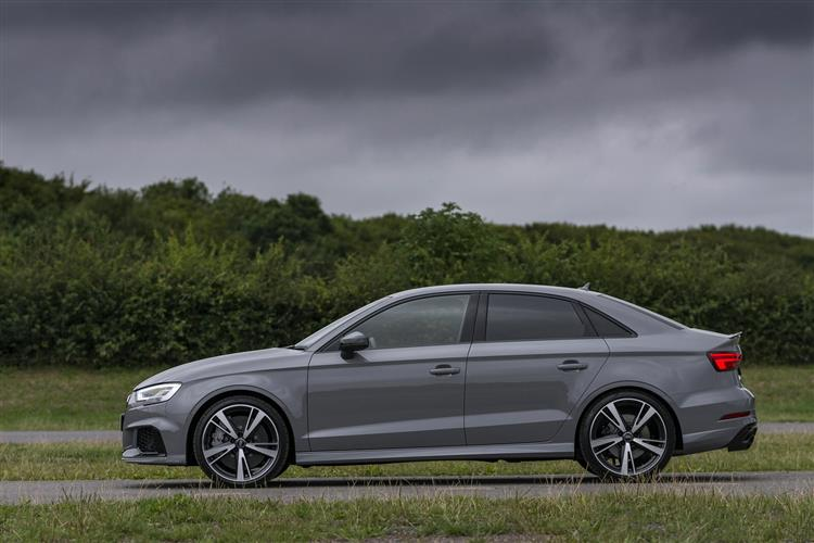 http://f2.caranddriving.com/images/new/big/audirs3saloon0817(3).jpg
