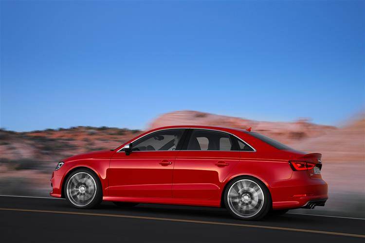 http://f2.caranddriving.com/images/new/big/audis3saloon0214(2).jpg