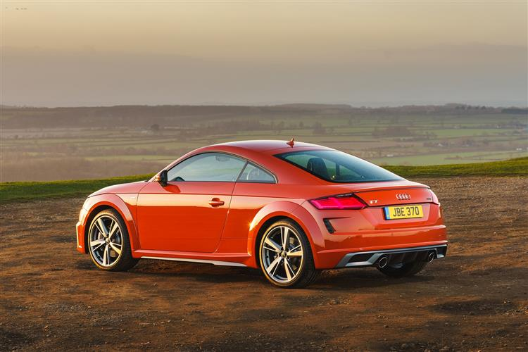 http://f2.caranddriving.com/images/new/big/auditt0718(3).jpg