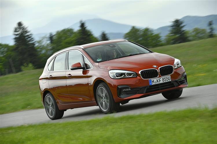http://f2.caranddriving.com/images/new/big/bmw2seriesactivetourer0618(4).jpg