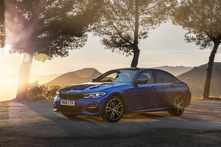 http://f2.caranddriving.com/images/new/big/bmw3series1018.jpg