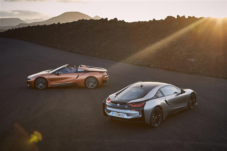 http://f2.caranddriving.com/images/new/big/bmwi81217(8).jpg