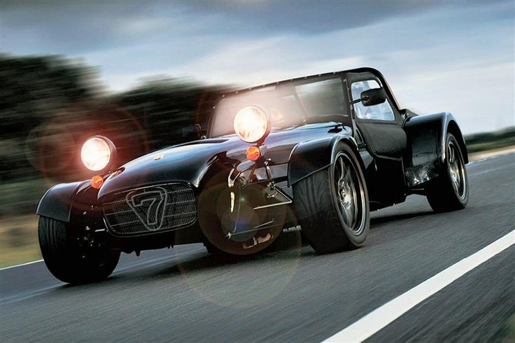http://f2.caranddriving.com/images/new/big/caterhamsevencsr.jpg
