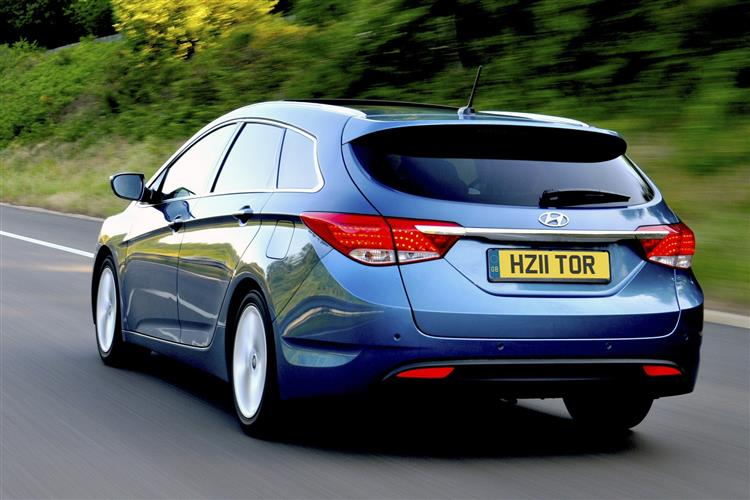 http://f2.caranddriving.com/images/new/big/hyundaii40tourer0811(2).jpg