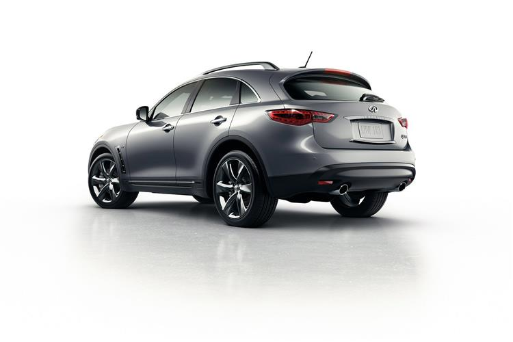 http://f2.caranddriving.com/images/new/big/infinitiqx700914(2).jpg