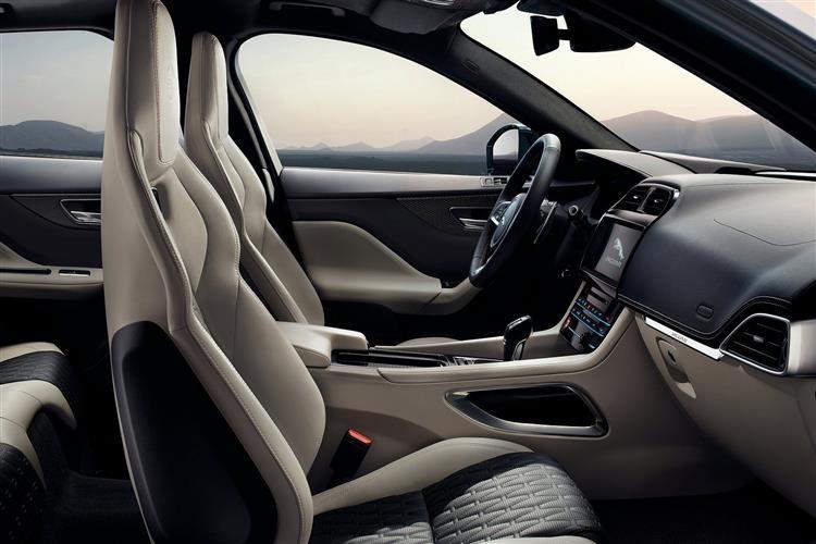Jaguar F-PACE 2.0 Prestige 5dr Auto AWD image 9