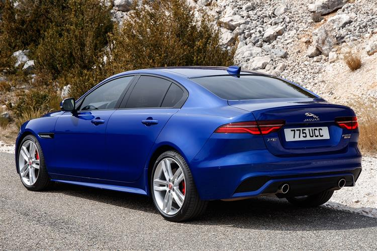 http://f2.caranddriving.com/images/new/big/jaguarxe0319(3).jpg