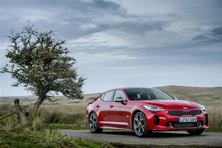 http://f2.caranddriving.com/images/new/big/kiastinger1017.jpg