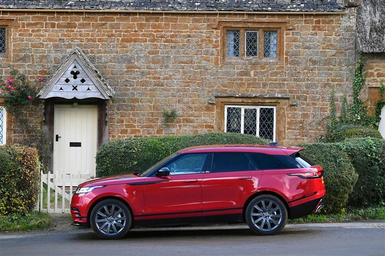 Land Rover RANGE ROVER VELAR 2.0 P250 R-Dynamic SE Automatic 5 door Estate (17MY) at Land Rover Woodford thumbnail image
