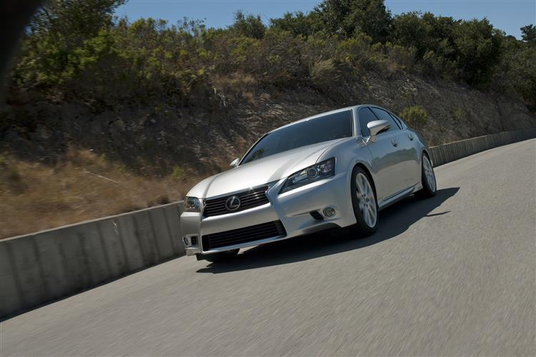 http://f2.caranddriving.com/images/new/big/lexusgs0112(7).jpg