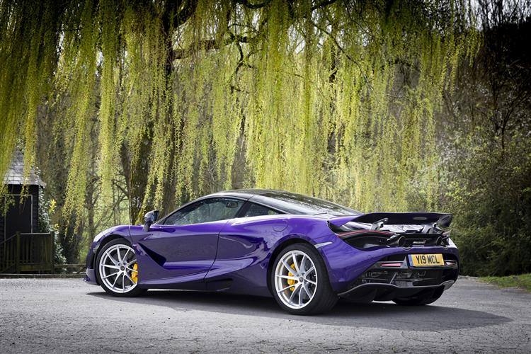 http://f2.caranddriving.com/images/new/big/mclaren720s0118(2).jpg