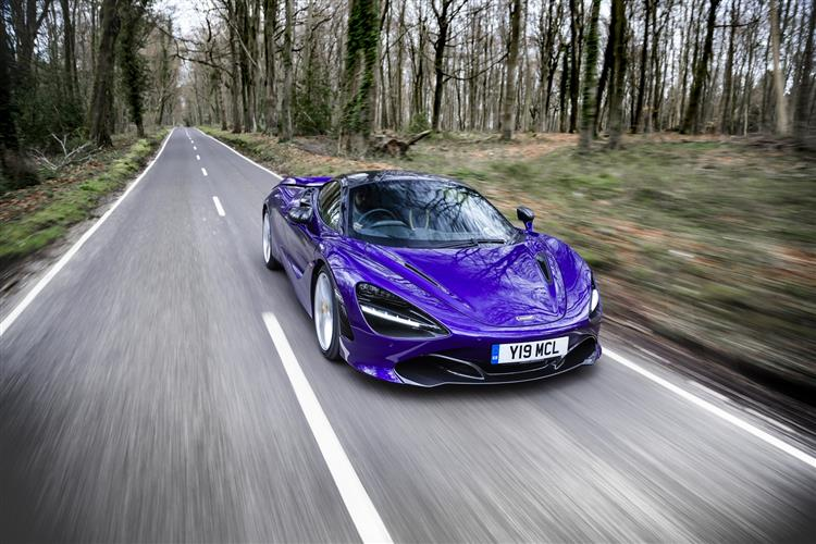 http://f2.caranddriving.com/images/new/big/mclaren720s0118(4).jpg