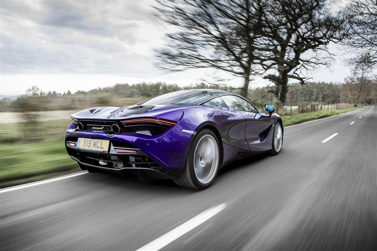 http://f2.caranddriving.com/images/new/big/mclaren720s0118(5).jpg