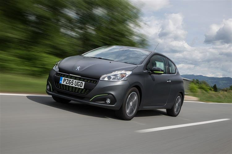 http://f2.caranddriving.com/images/new/big/peugeot2080615(5).jpg