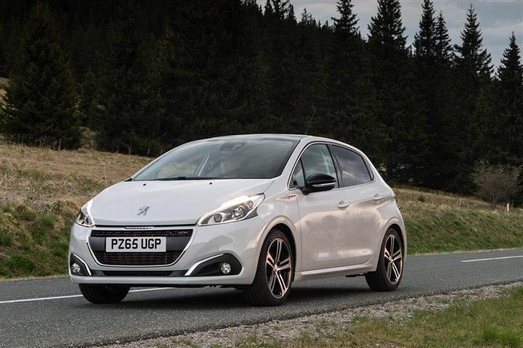 http://f2.caranddriving.com/images/new/big/peugeot2080615(6).jpg