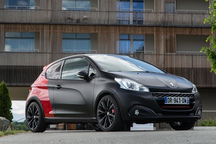 http://f2.caranddriving.com/images/new/big/peugeot208gti0715.jpg