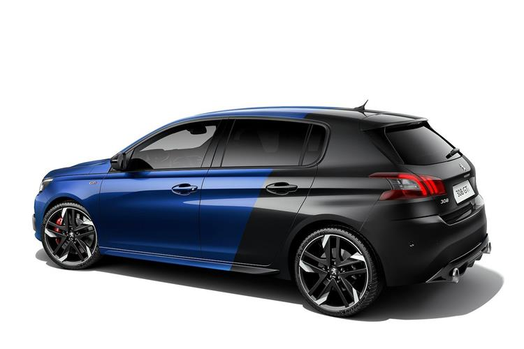 http://f2.caranddriving.com/images/new/big/peugeot308gti0717(2).jpg