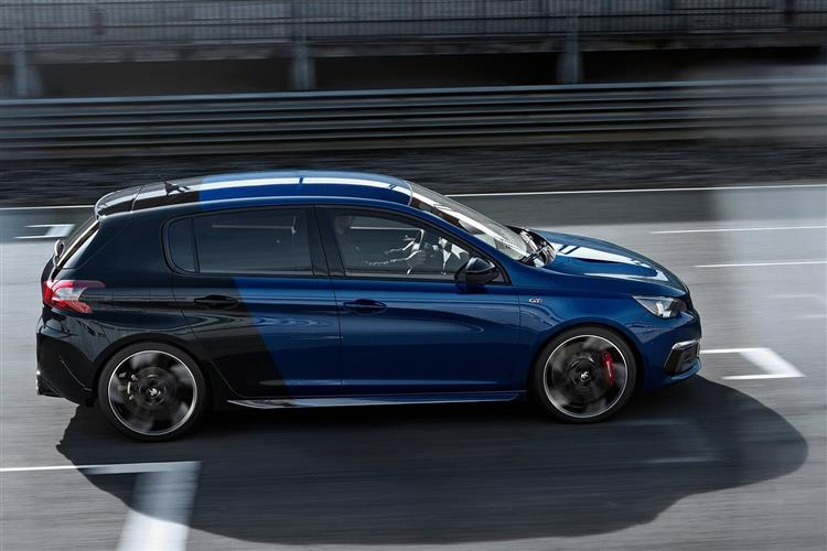 http://f2.caranddriving.com/images/new/big/peugeot308gti0717(6).jpg