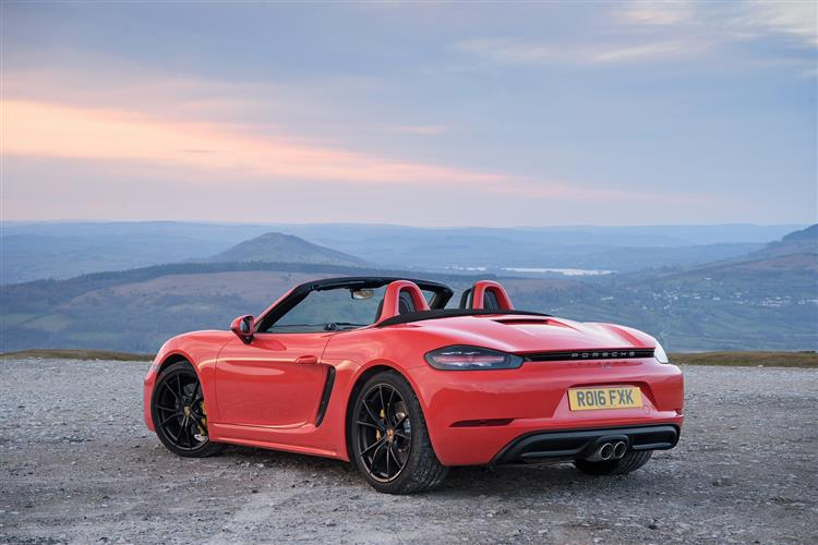 http://f2.caranddriving.com/images/new/big/porsche718boxsters0416(3).jpg