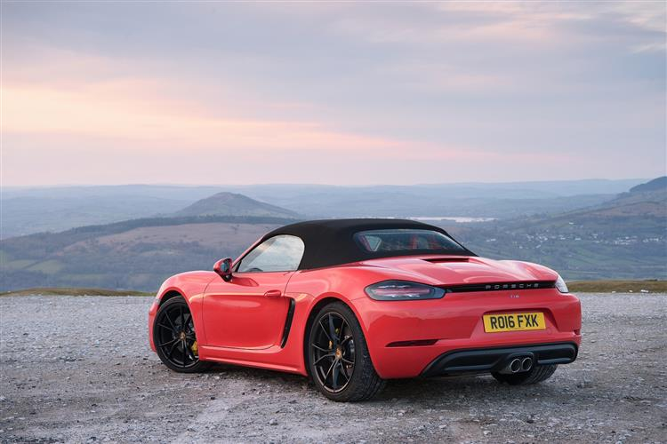 http://f2.caranddriving.com/images/new/big/porsche718boxsters0416(4).jpg
