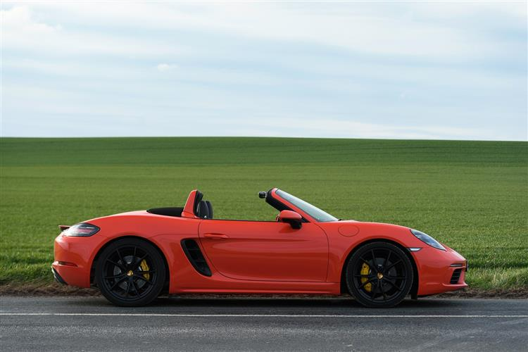http://f2.caranddriving.com/images/new/big/porsche718boxsters0416(7).jpg