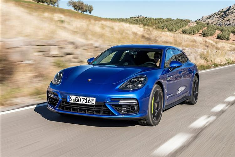 http://f2.caranddriving.com/images/new/big/porschepanamera1018(3).jpg