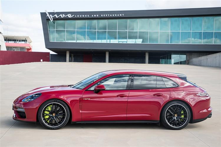 http://f2.caranddriving.com/images/new/big/porschepanamera1018(7).jpg