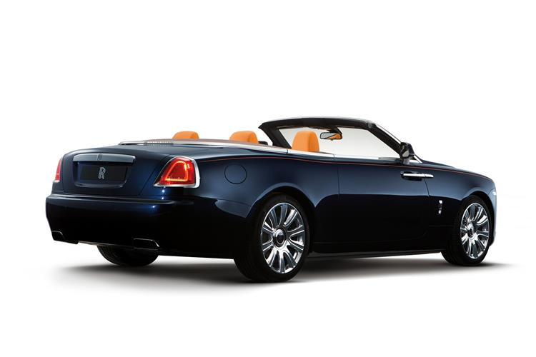 http://f2.caranddriving.com/images/new/big/rollsroycedawn%200915(7).jpg