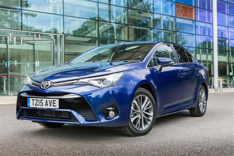http://f2.caranddriving.com/images/new/big/toyotaavensis0615.jpg