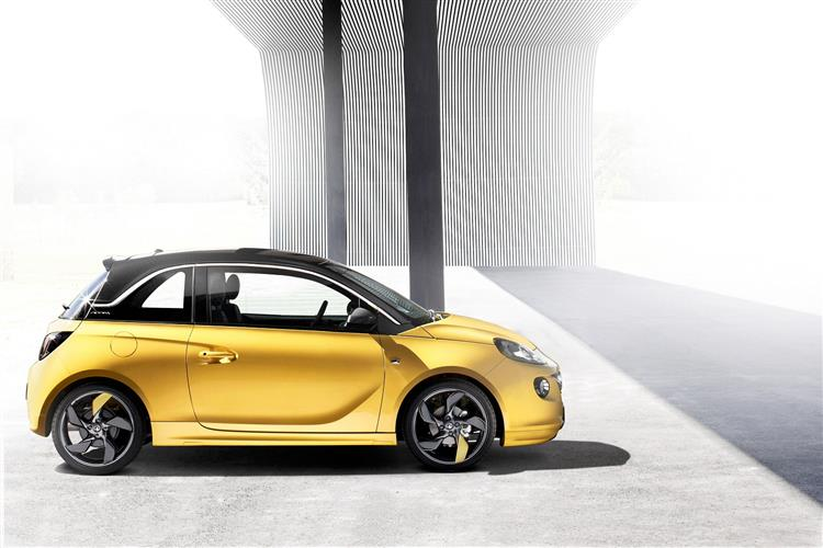 http://f2.caranddriving.com/images/new/big/vauxhalladam0113(7).jpg