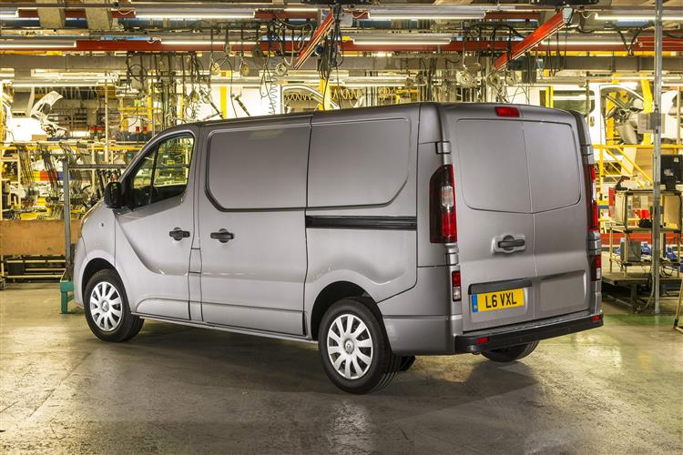 http://f2.caranddriving.com/images/new/big/vauxhallvivaro0714(3).jpg