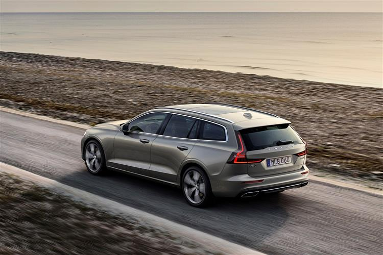 Volvo New V60 D3 Momentum Including Metallic Paint image 7 thumbnail