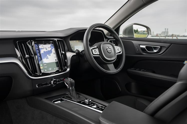 Volvo New V60 D3 Momentum Including Metallic Paint image 9 thumbnail