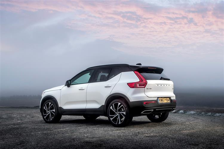 http://f2.caranddriving.com/images/new/big/volvoxc40d40418(3).jpg