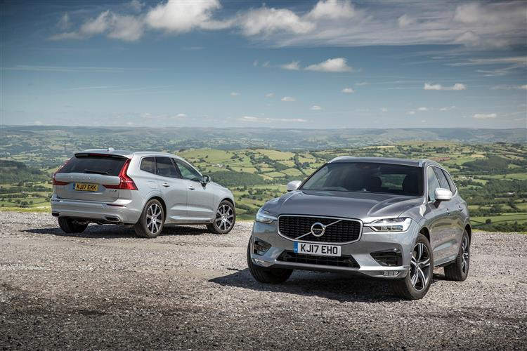 Volvo XC60 D4 Momentum Including Metallic Paint image 3 thumbnail