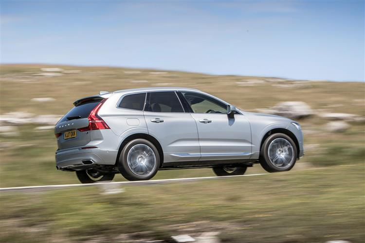 Volvo XC60 D4 Momentum Including Metallic Paint image 5 thumbnail