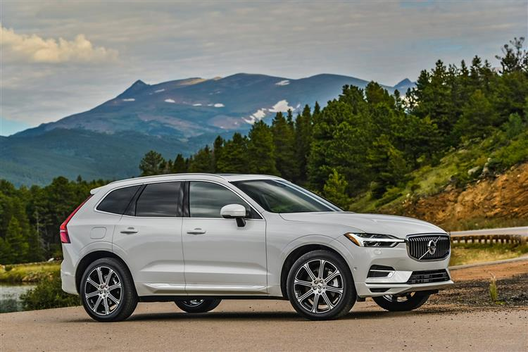 Volvo XC60 D4 Momentum Including Metallic Paint image 13 thumbnail